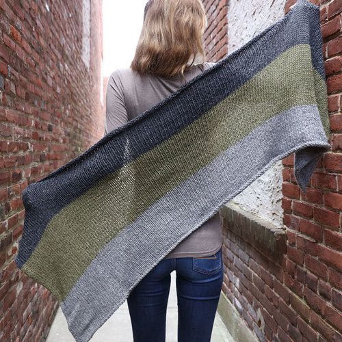 Plymouth Yarn 3333 Striped Shawl & Scarf PDF -  ()