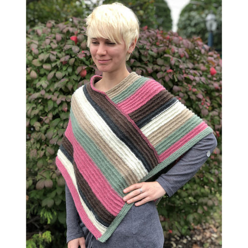 Plymouth Yarn F833 Ladies Poncho (Free) -  ()