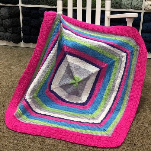 Plymouth Yarn F835 Inside - Out Baby Blanket (Free) -  ()