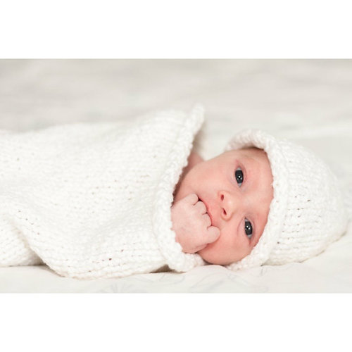 Plymouth Yarn F899 Forget Me Not Newborn Cocoon & Hat (Free) -  ()