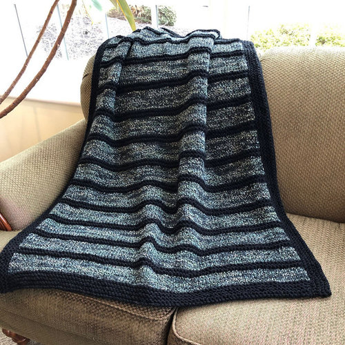 Plymouth Yarn F914 Encore Worsted Colorspun Black Striped Throw (Free) -  ()