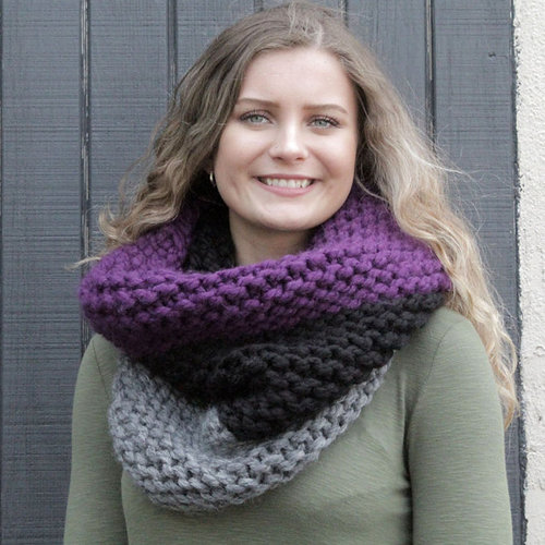 Plymouth Yarn F932 Plymouth Bay 3 Color Cowl (Free) -  ()