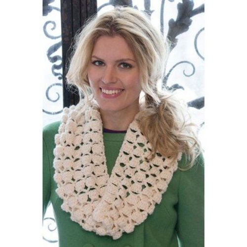 Red Heart Infinite Shells Cowl (Free) -  ()
