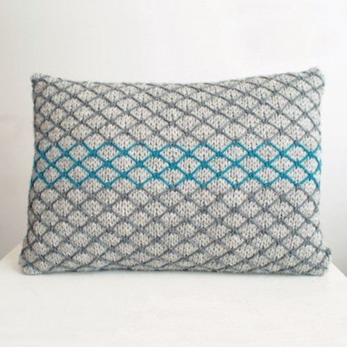 Rowan Chainlink Cushion (Free) -  ()