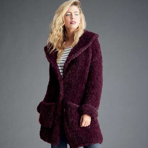 Sirdar 8282 Teddy Bear Coat in Alpine PDF -  ()