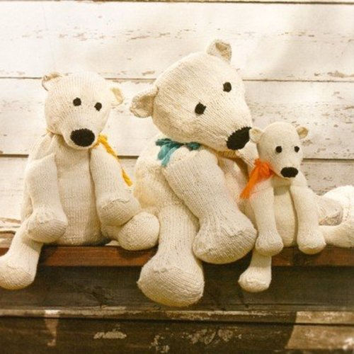 Spud & Chloe by Blue Sky Fibers 9208 Three Brrr Bears - Download (9208PDF)