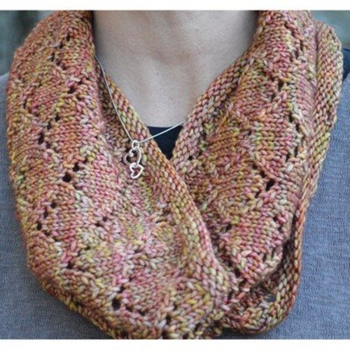 Steppingstone Fiber Creations Hudson Cowl PDF -  ()