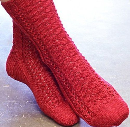 SweetGeorgia Cherry Lane Socks and Cowl PDF -  ()