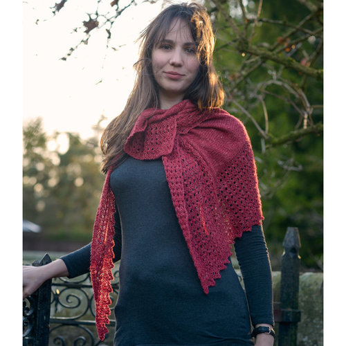 The Fibre Co. Elongated Triangular Lace Shawl PDF -  ()
