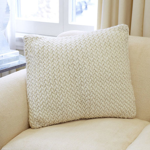 Third Piece The Herringbone Pillow PDF -  ()
