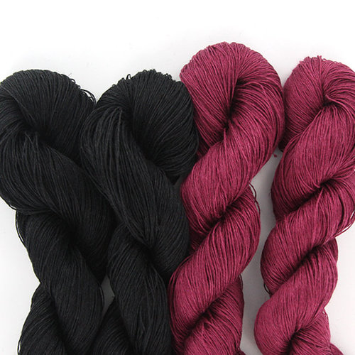 Universal Yarn Adelie Scarf Kit - Black/Potent Berry (01)
