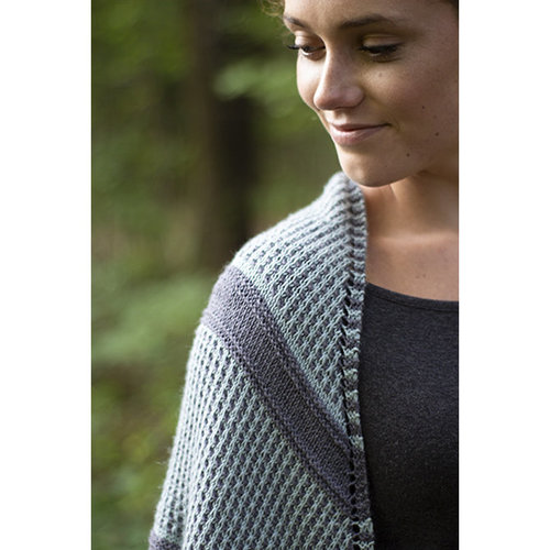 Universal Yarn Blue Oak Shawl PDF -  ()