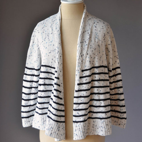 Universal Yarn Grand Staff Cardi (Free) -  ()
