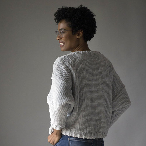 Universal Yarn Lounge Pullover (Free) -  ()