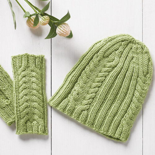 Valley Yarns 066 Get Going Kit - Spring Leaf (Model) (01)