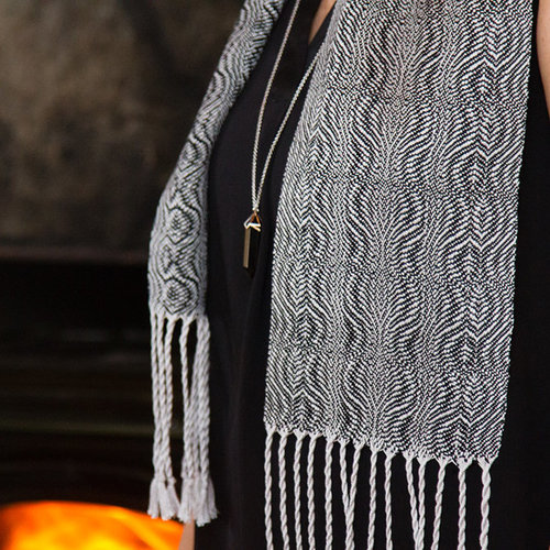 Valley Yarns #117 Wanderings Scarf PDF -  ()