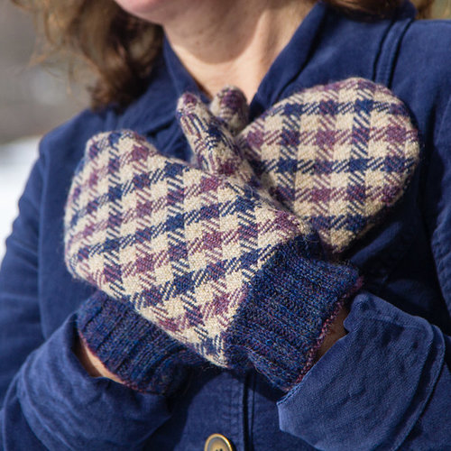 Valley Yarns #125 Tartan Mitten & Scarf Set PDF -  ()