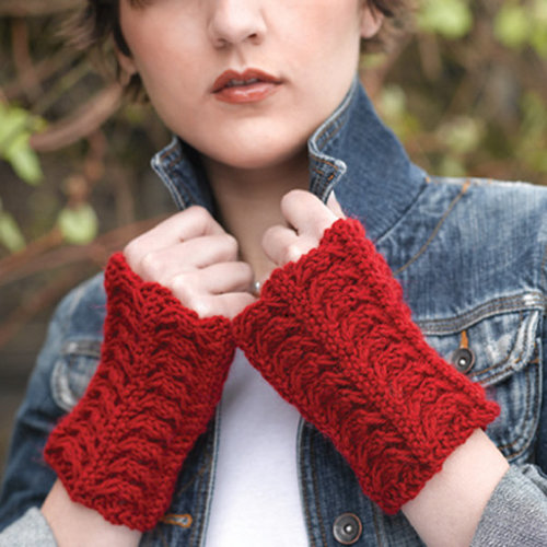 Valley Yarns 218 Velvet Curtain Cabled Gauntlets (Free) -  ()