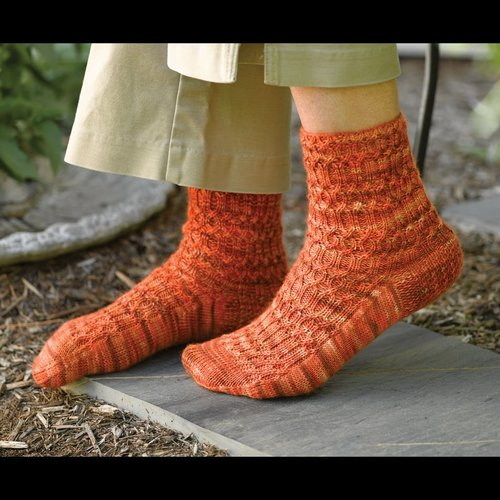 Valley Yarns 277 Ogee Arch Socks -  ()