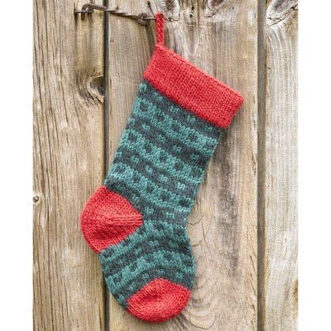 valley yarns 283 spotted christmas stocking free at webs yarn com