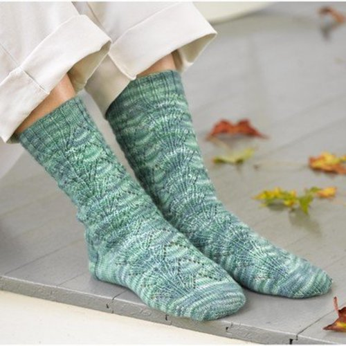 Valley Yarns 284 Waterlily Socks -  ()