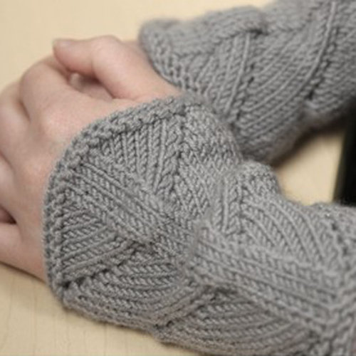 Valley Yarns 377 Phytolith Fingerless Mitts (Free) -  ()