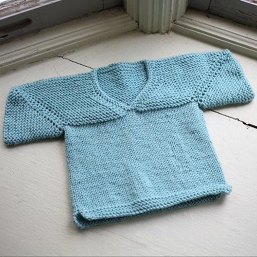 Valley Yarns 536 Little Knit Pullover Kit - 0-6 mo (01)