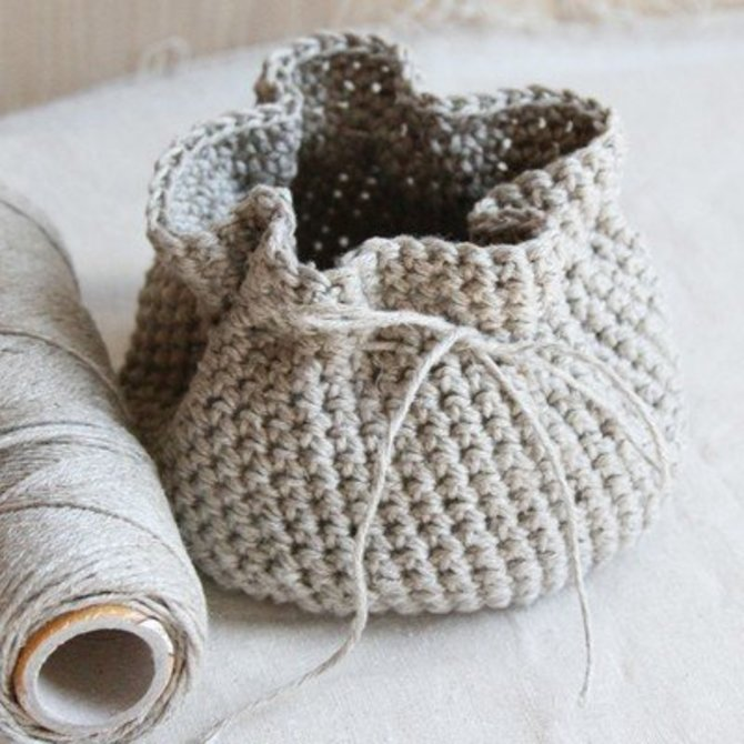 31d58e033bed0 Valley Yarns 595 Crocheted Linen Basket (Free) at WEBS