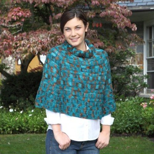 Valley Yarns 621 Deep Woods Poncho - Download (621)