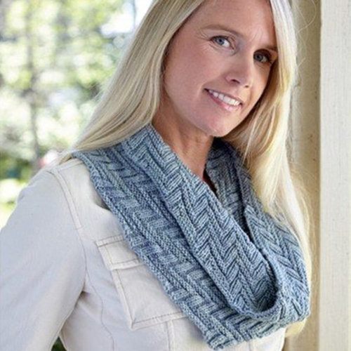 Valley Yarns 677 Bookstack Cowl Kit - Cloudy Day (CLO)