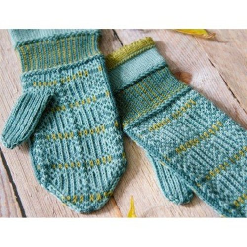 Valley Yarns 680 Sixth Button Mittens - Download (680)