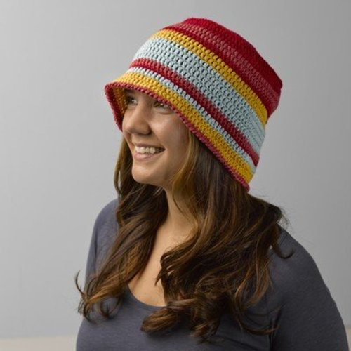Valley Yarns 682 Red Bud Hat - Download (682)