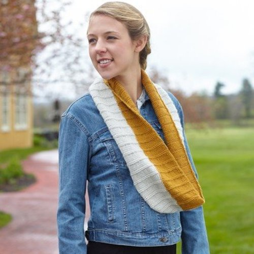 Valley Yarns 709 Petra Cowl (Free) - Download (709)