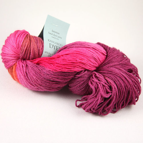 Valley Yarns 723 Deato Cowl Kit - Aphrodite (APHR)
