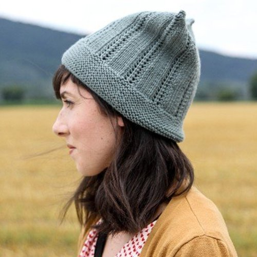 Valley Yarns 733 First Frost Hat - Download (733)
