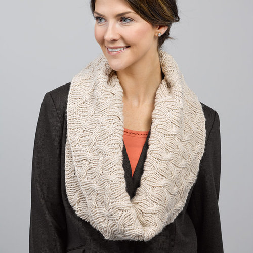 Valley Yarns 767 Luzia Cowl Kit -  ()