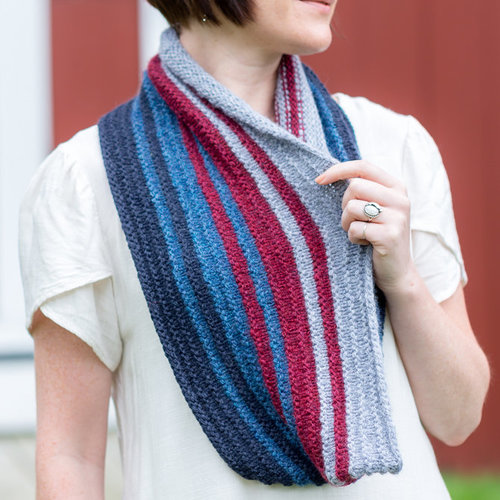 Valley Yarns 795 Interrupted Quads Cowl - Download (795)