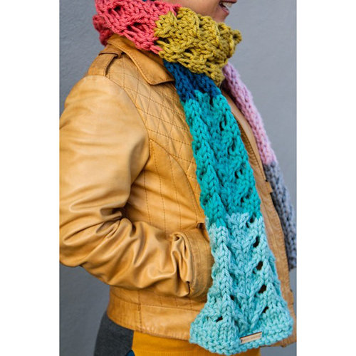 Valley Yarns 829 Palette Scarf Kit - Model (01)