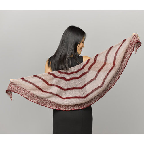 Valley Yarns 934 Aronia Kit - Model (01)