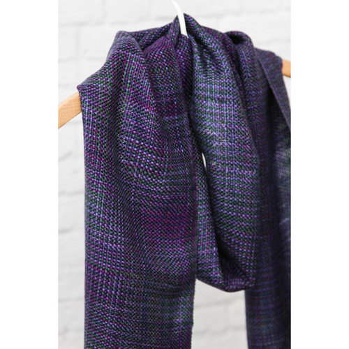 Weaving With Coned Yarns on a Rigid Heddle Loom -  ()