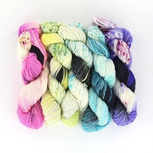 Wonderland Yarns Mad Hatter 5-Skein Pack - Mad Tea Party, #101 (101MADTEAP)