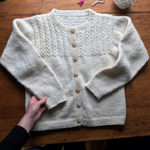 Yankee Knitter Designs 8 Mock Cable Pullover & Cardigan PDF - Printed (008P)