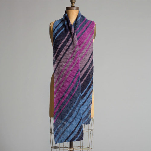 Yarn and Soul Diagonal Striped Scarf (Free) -  ()