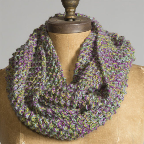 Yarn and Soul Five Strand Cowl (Free) -  ()