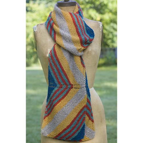 Yarn and Soul Triangle Striped Scarf (Free) -  ()